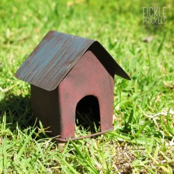 Rusty Mini Dog Kennel