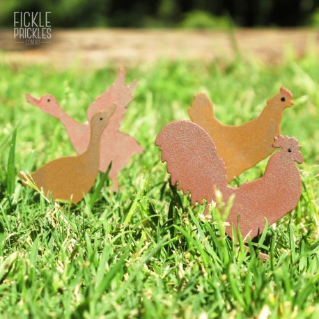 Rusty Mini Farm Birds