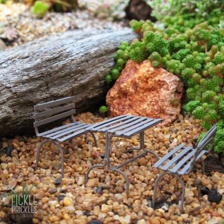 Mini Garden Bench Table Setting