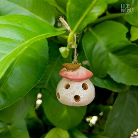 Mini Mushroom Birdfeeder