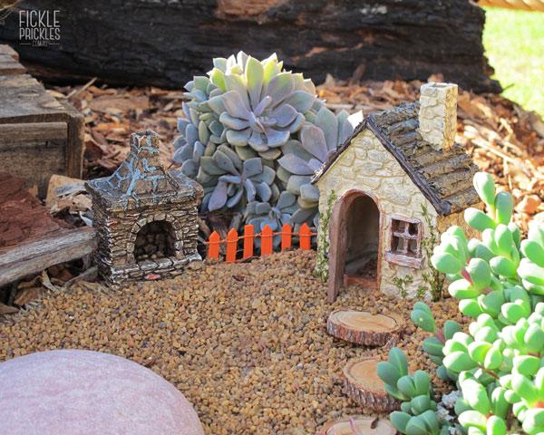 Miniature cottage garden